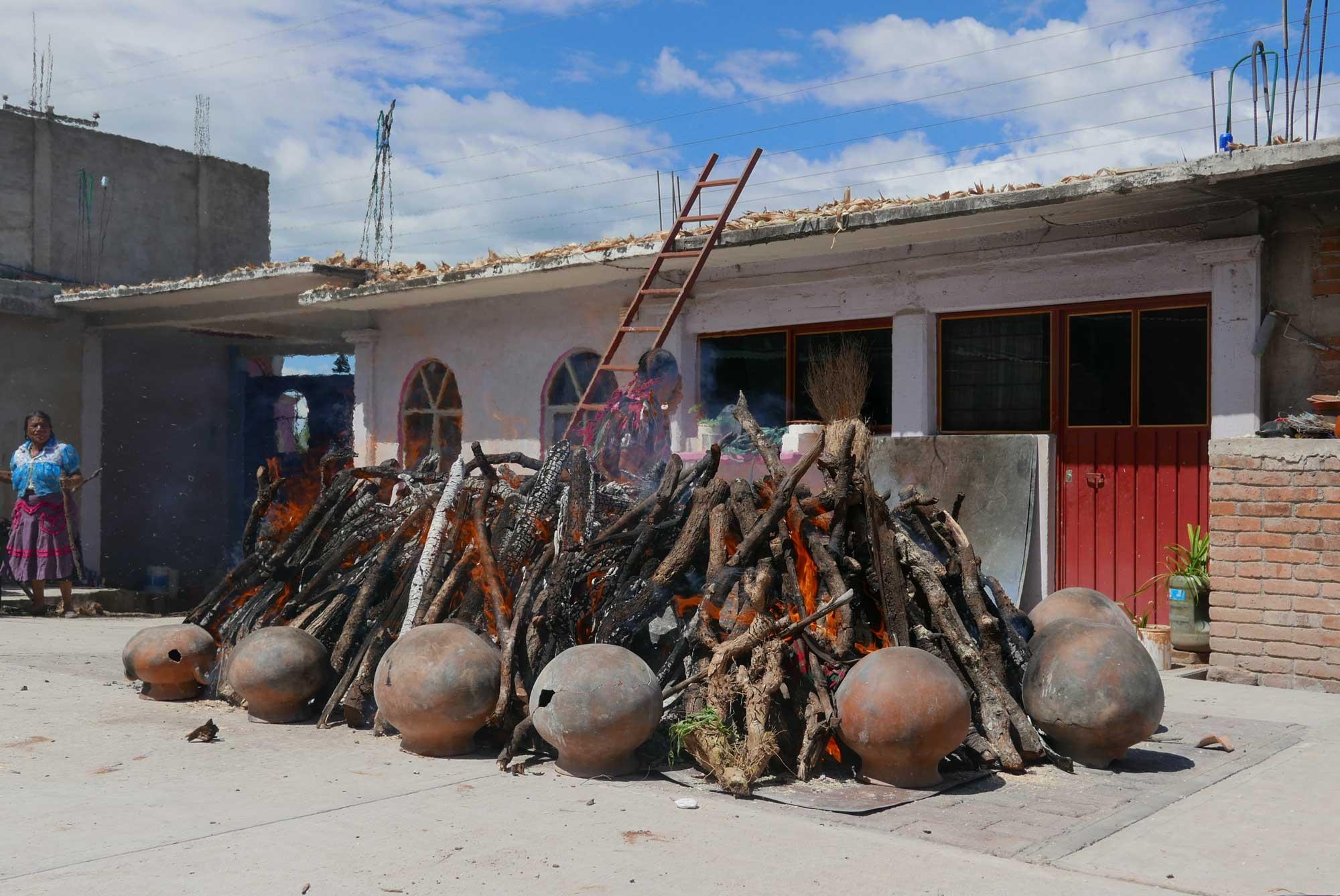 Artisan Barro Rojo Ceramics San Marcos Tlapazola Oaxaca Mexico
