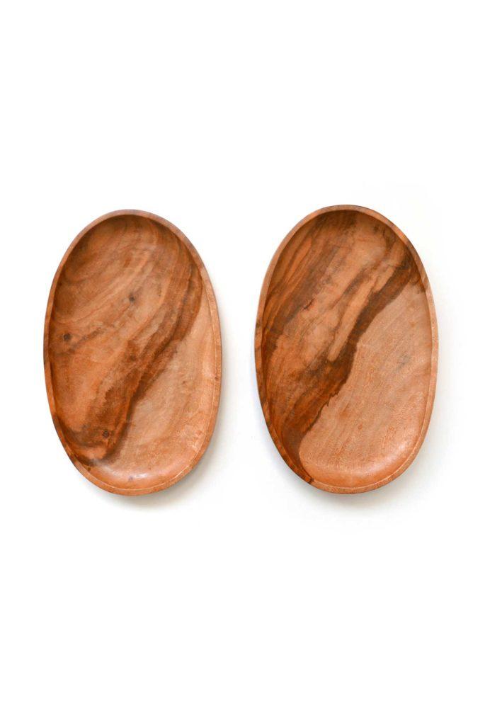 Guamuchil Wood Platters - www.nidocollective.com #woodenplatter #guamuchil #guamuchilplatter #guamuchiltree