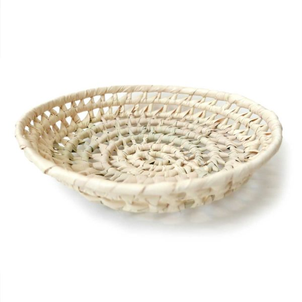 Handwoven Mexican Large Palm Bread Basket - www.nidocollective.com #mexicanbasket #palmbasket #breadbasket