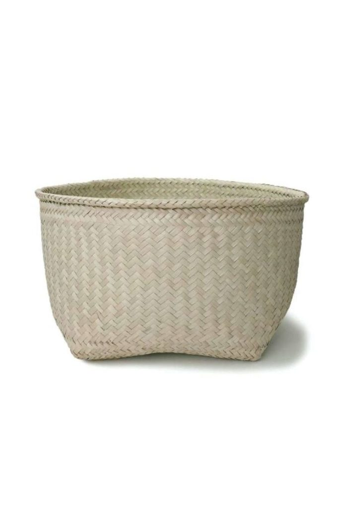 Large Handmade Palm Storage Basket - www.nidocollective.com #mexicanbasket #palmweaving #palmbasket #storagebasket