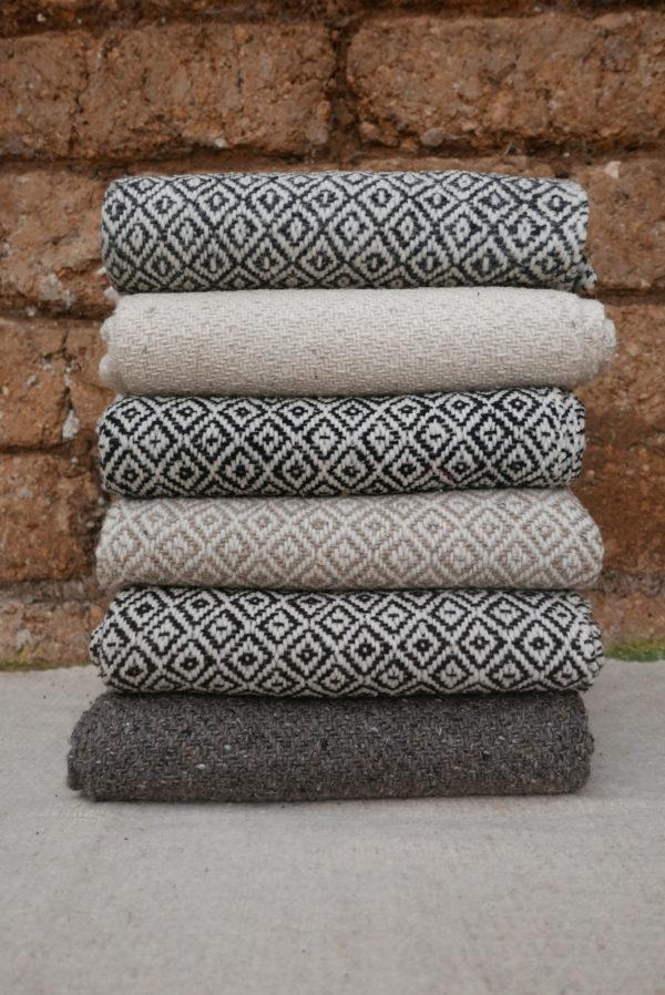 Rebozo Throws Indigo Guatemalan Blanket Altos Blanket - www.nidocollective.com #mexicantextiles #woolthrow