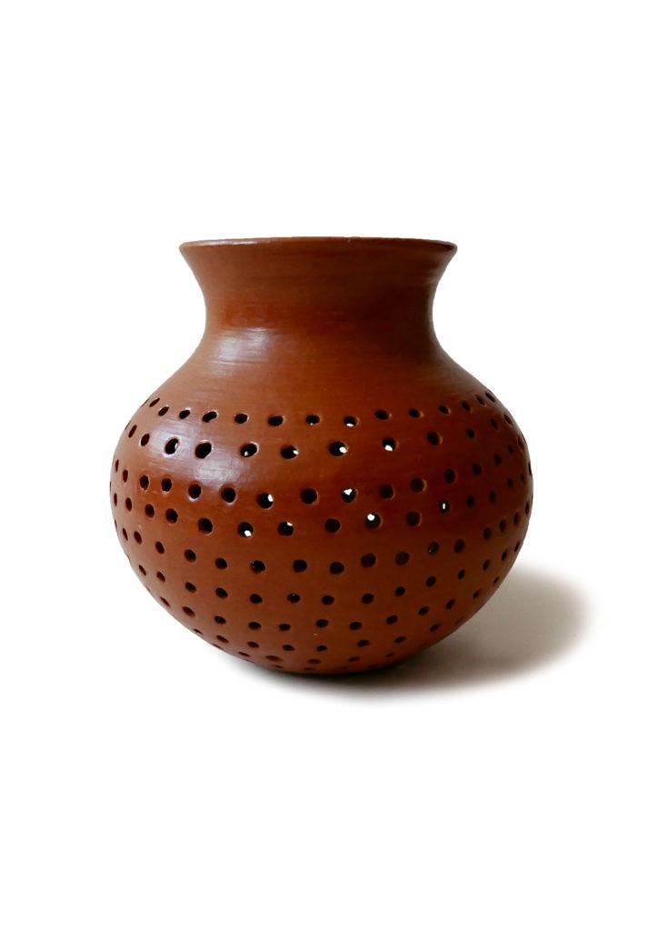Mexican Barro Rojo Red Clay Ceramic Vase - www.nidocollective.com #barrorojo #mexicanceramics #redclaypottery #terracottavase