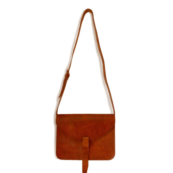 Minimal Satchel - www.nidocollective.com #leathersatchel #leathercrossbodybag #ethicalaccessories #musthavesatchel