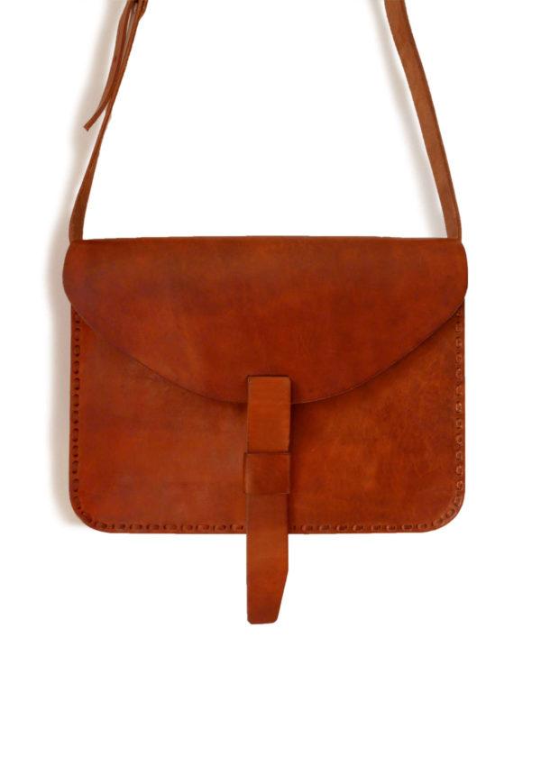 Minimal Satchel - www.nidocollective.com #leathersatchel #leathercrossbodybag #ethicalaccessories #musthavesatchel