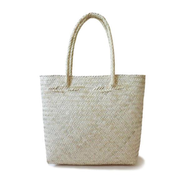 Vegan-Basket-Tote-Bag - www.nidocollective.com #veganbag #veganaccessories #palmbag #mexicanbag