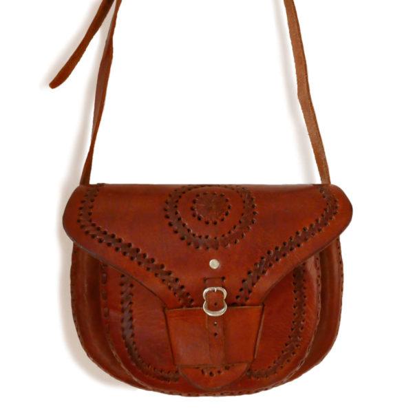 Handmade Leather Bag - www.nidocollective.com #leathercrossbody #leathercrossbodybag #leathercrossbody #handmadeleatherbag